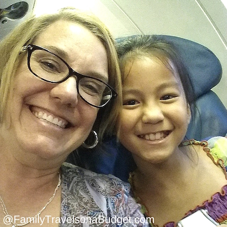 5 tips for flying with kids to make it easier for everyone!