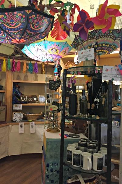shop-at-arts-and-clay-on-main