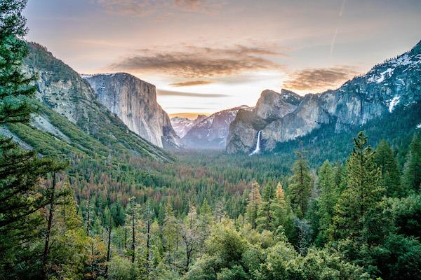 Tenaya Lodge and Yosemite make a perfect romantic escape